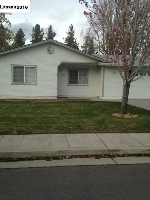 Photo of 725 Pearl Circle  Susanville  CA