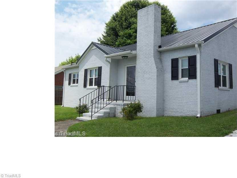 Photo of 802 West Haymore Street  Mount Airy  NC