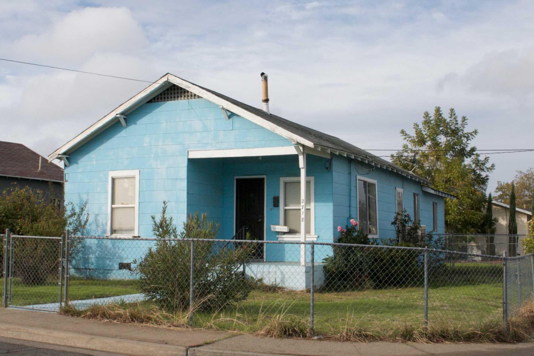 Photo of 2718 El Noble Avenue  Oroville  CA