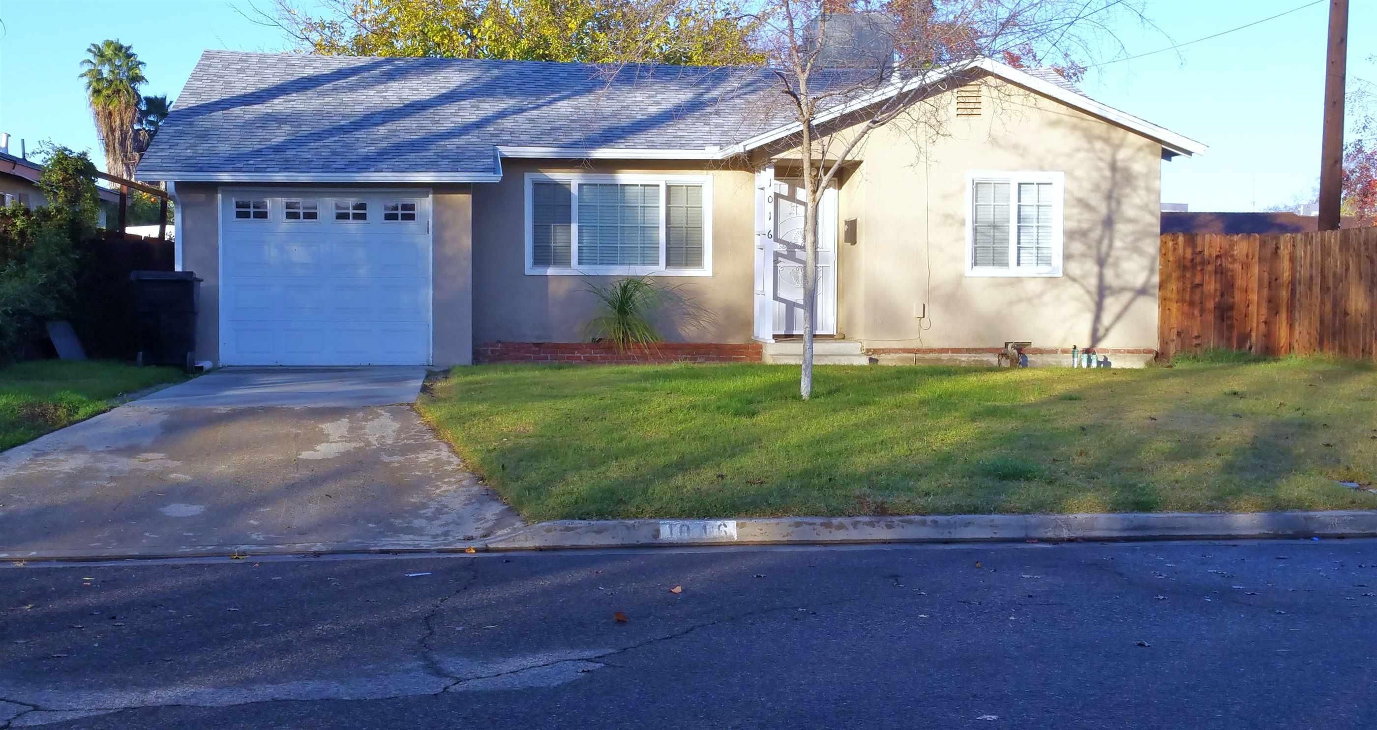 Photo of 1016 N Green St  Hanford  CA
