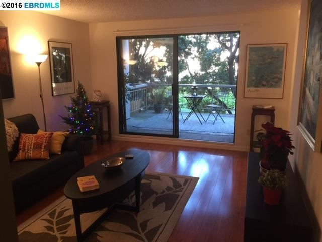 Photo of 3 Admiral Dr  Emeryville  CA