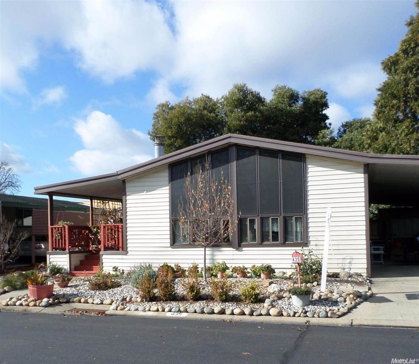 Photo of 435 Royal Crest Circle  Rancho Cordova  CA