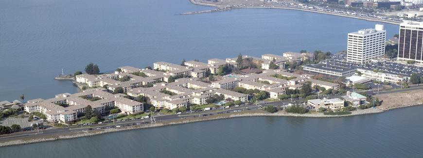 Photo of 2 Commodore Dr  Emeryville  CA