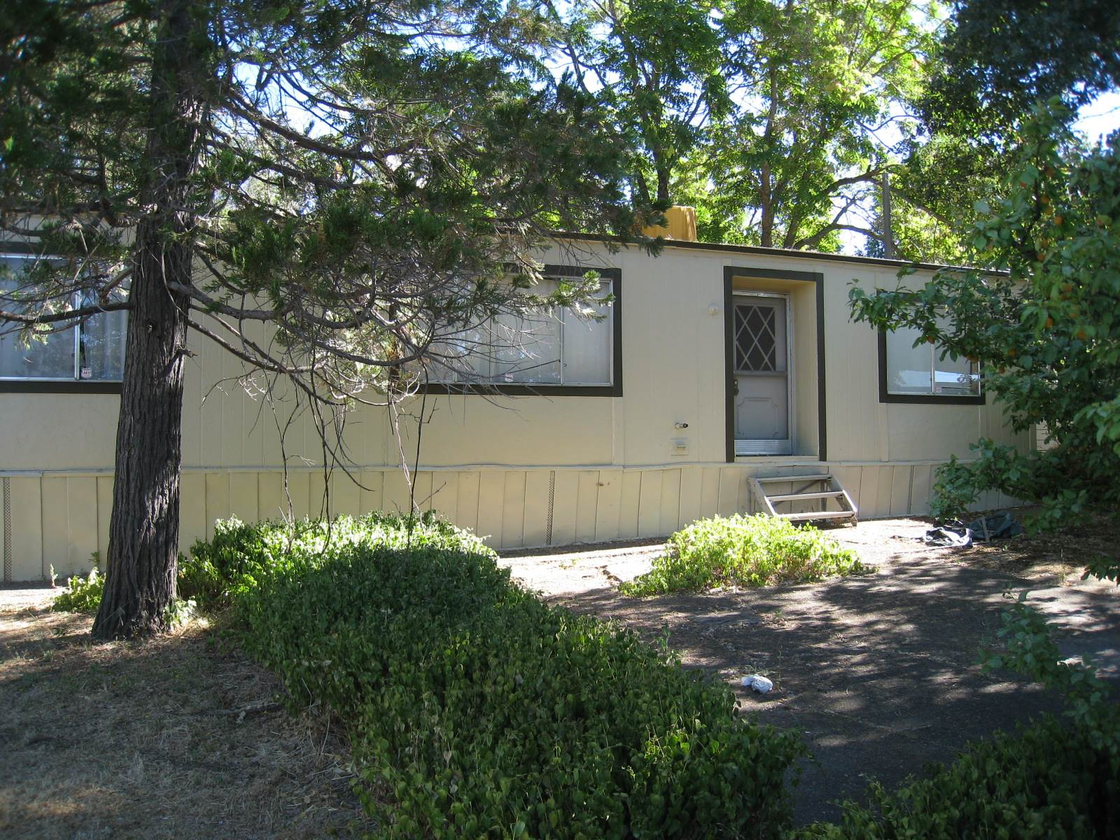 Photo of 14912 Lakeshore Drive  Clearlake  CA
