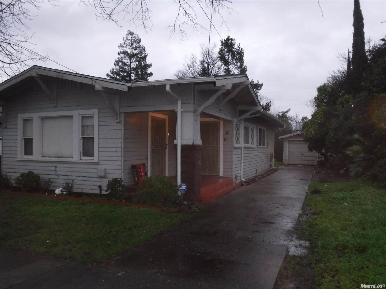 Photo of 225 East Monterey Avenue  Stockton  CA