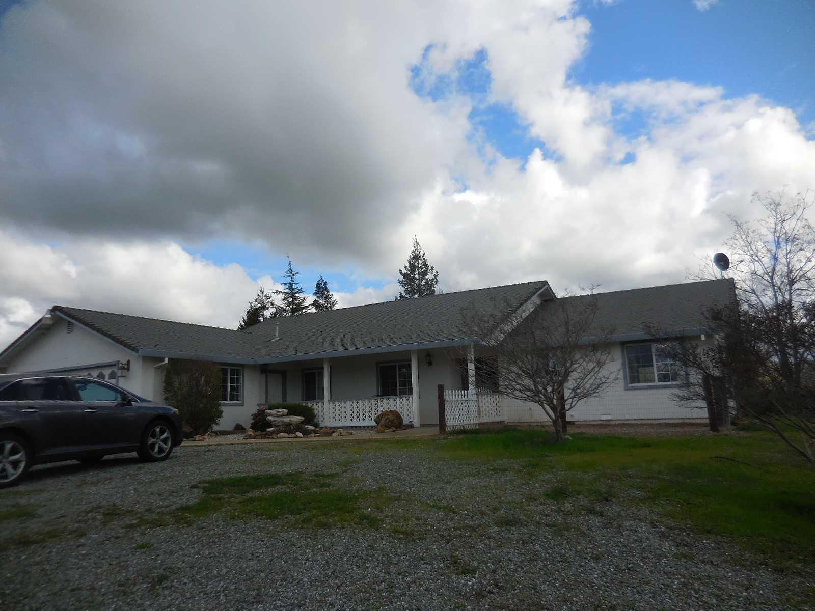 7039 Mccauley Rd, Valley Springs, CA 95252