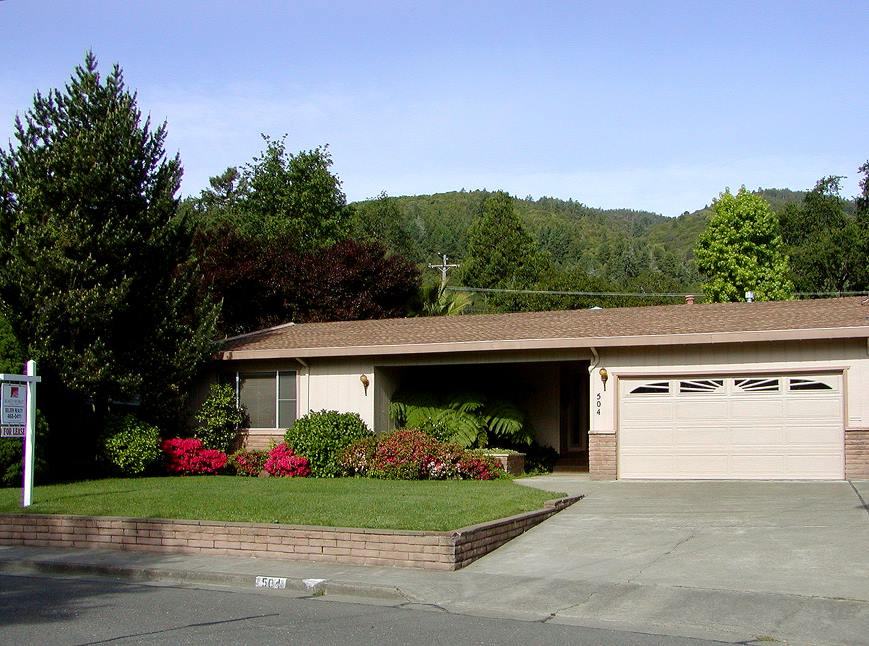 Photo of 504 Nokomis Dr  Ukiah  CA