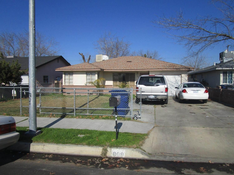 Photo of 809 Riverside Drive  Madera  CA