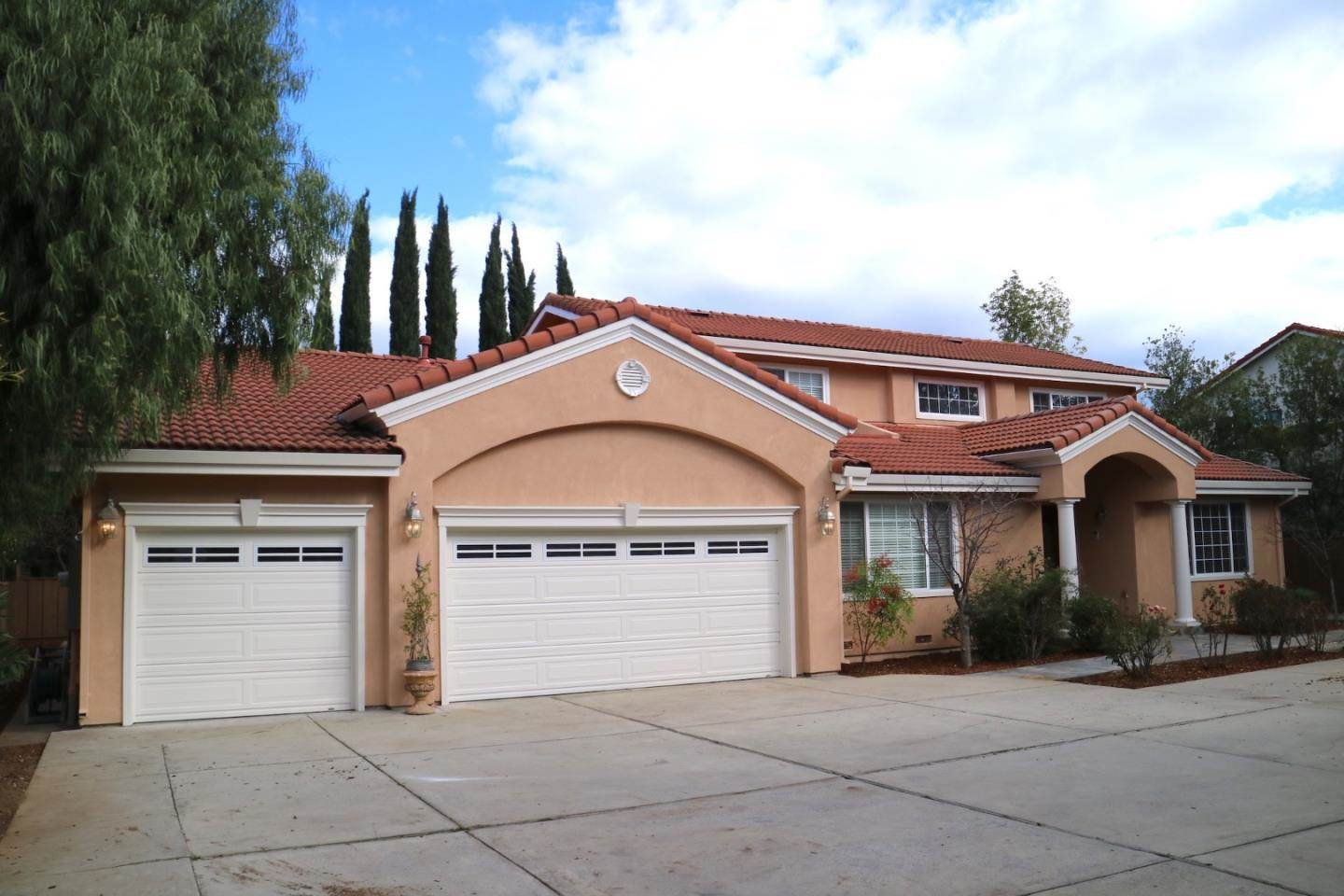 Photo of 10358 S Stelling RD  Cupertino  CA