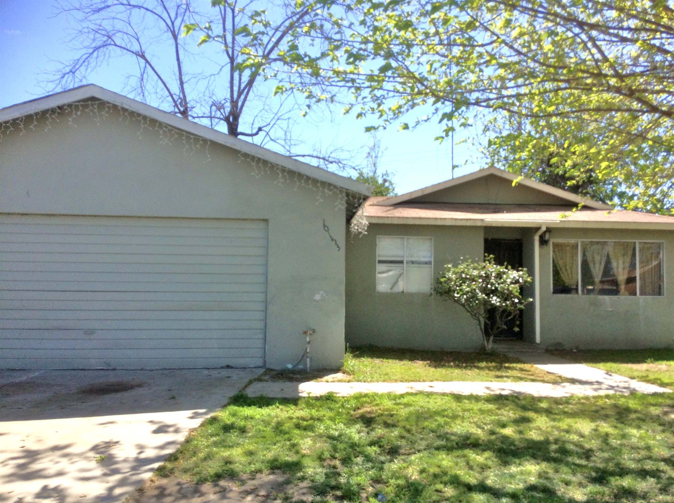 Photo of 10153 Haven Ln  Hanford  CA