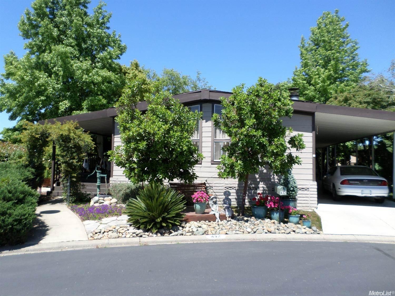 432 Royal Crest Circle Rancho Cordova, CA 95670