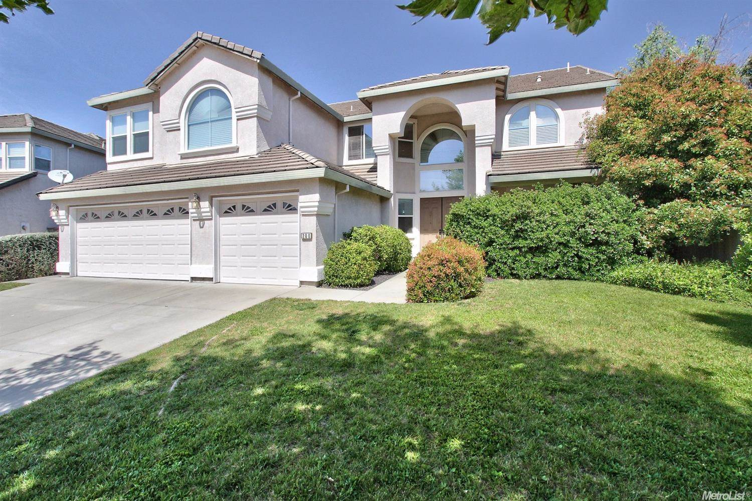 Photo of 200 Silverstone Court  Roseville  CA