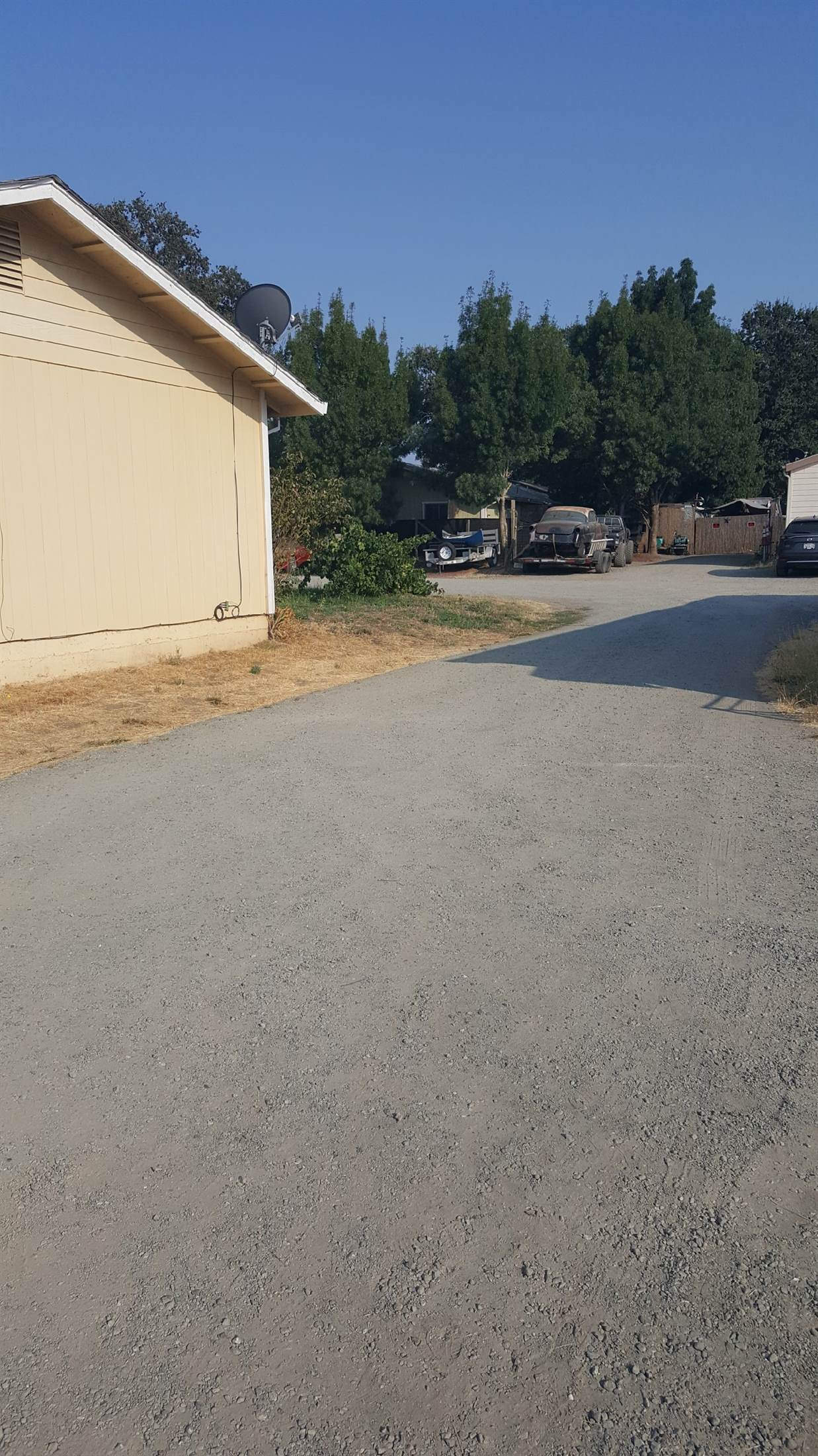 12990 Mcdowell Street, Hopland, CA 95449