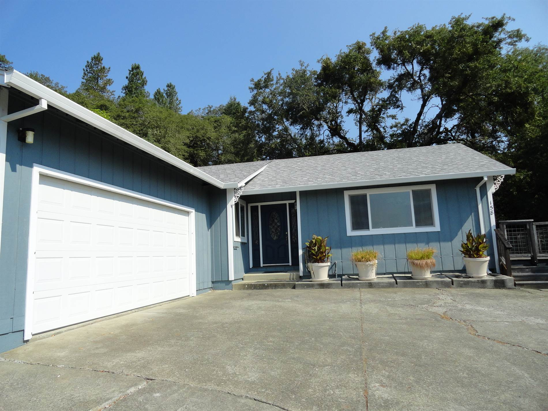 Photo of 158 Mill Creek Court  Willits  CA