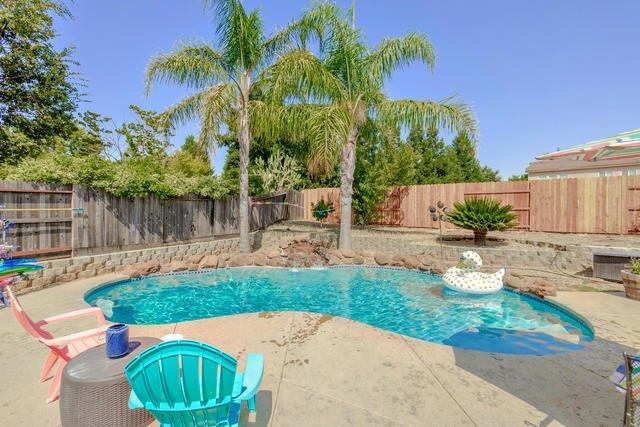 Photo of 10945 Woolwich Way  Mather  CA