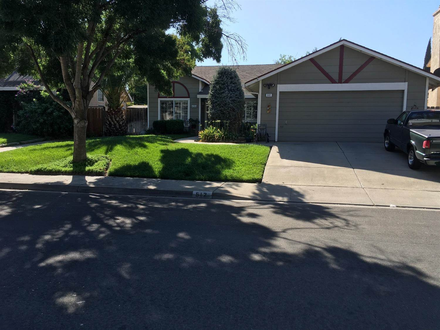Photo of 512 Sears Drive  Patterson  CA