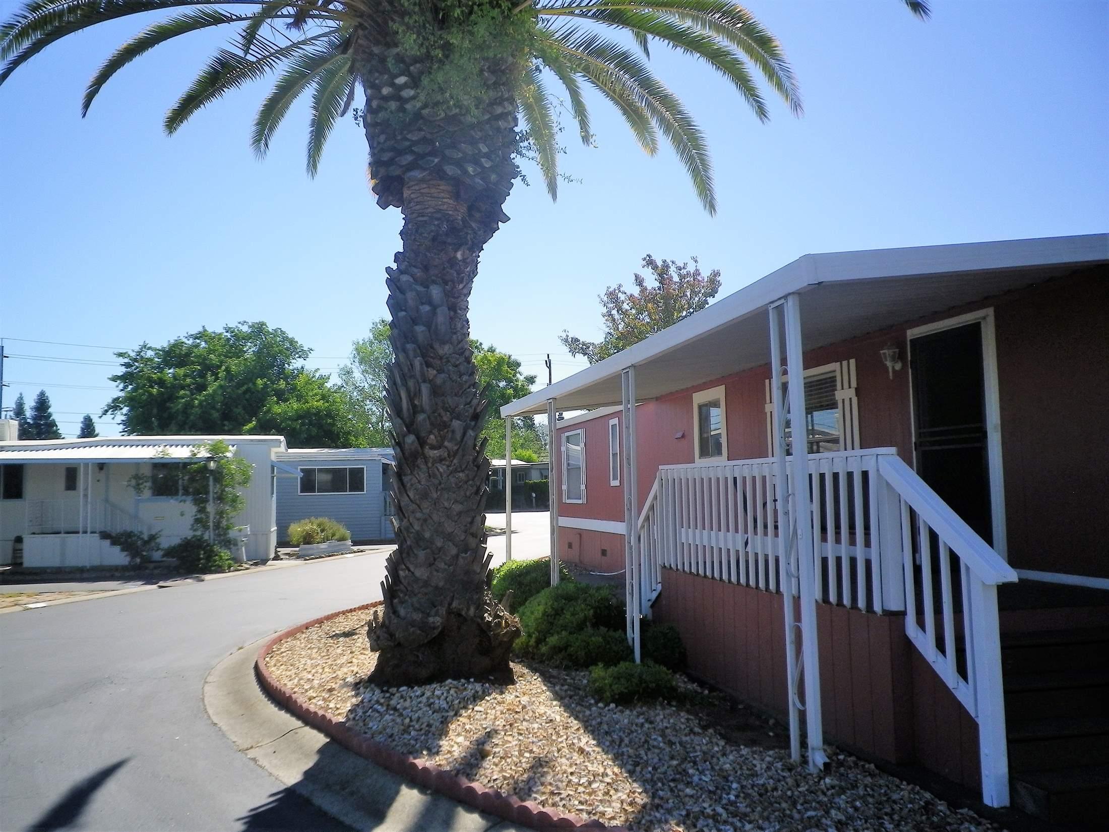 Photo of 122 Royalwood Lane  Rancho Cordova  CA