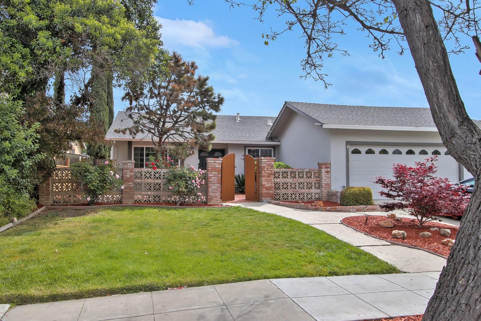 3954 Luneta CT, Blossom Valley, California