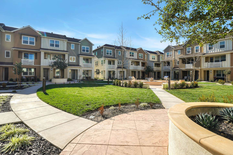 152 Lewis Lane, Morgan Hill, California