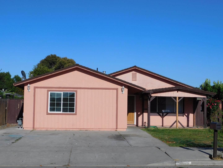 231 Lassen CT, Hollister, California
