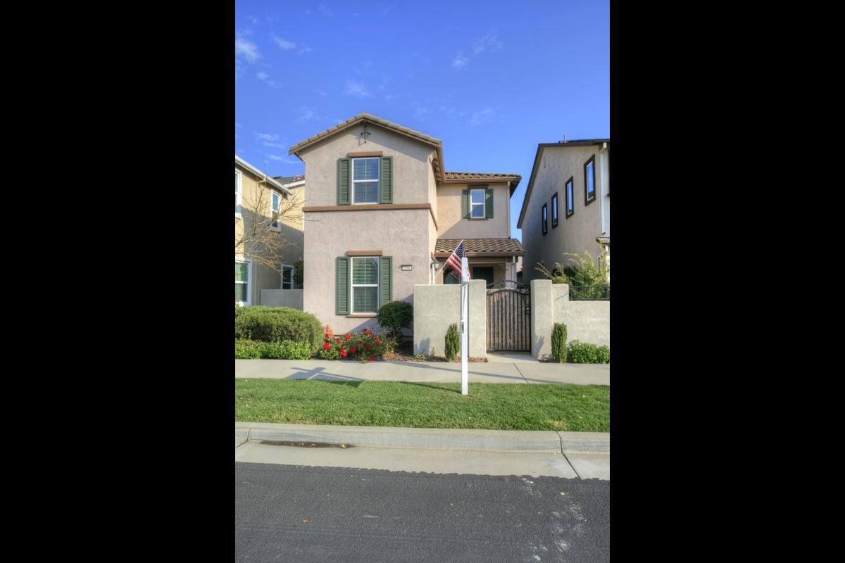 2546 Pleasant Grove Blvd, Roseville, California