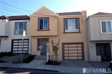 1057 Goettingen St, San Francisco, CA 94134