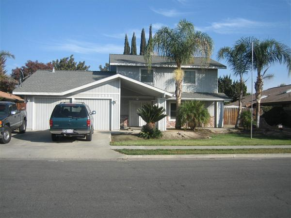 2455 Carter Way, Hanford, CA 93230