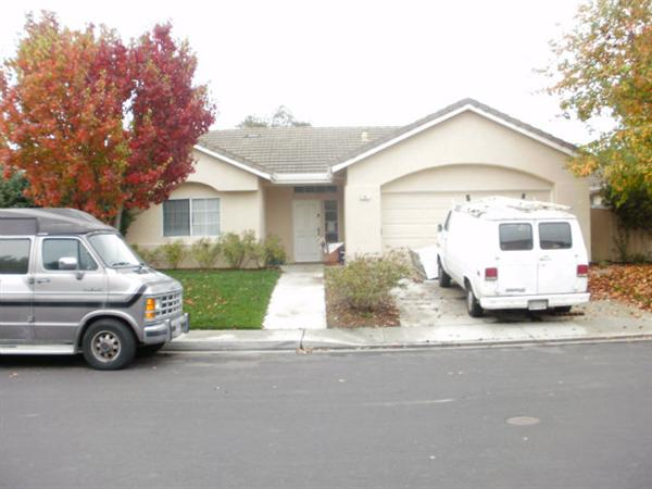 21957 Green Sage Ct, Salinas, CA 93908