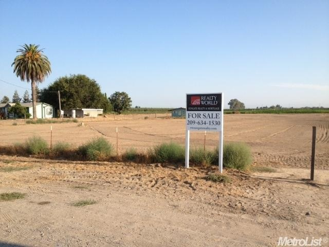 5 acres in Turlock, California