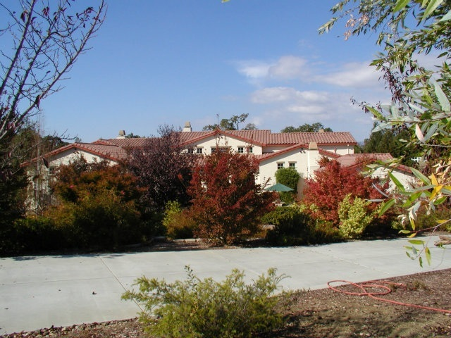 1142 Little River Dr, Hollister, CA 95023