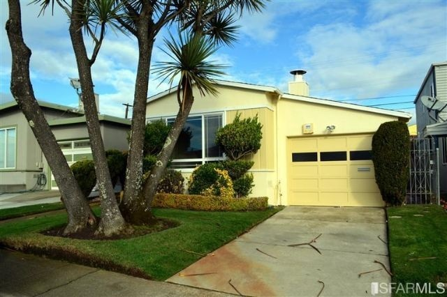 66 Carleton Ave, Daly City, CA 94015
