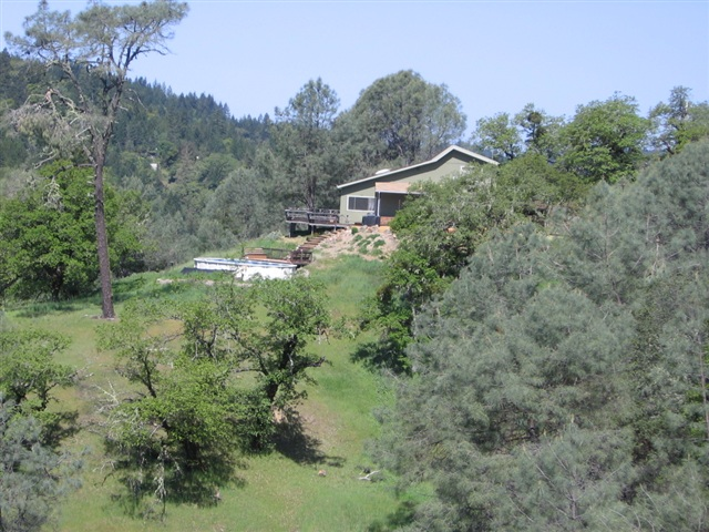 20 acres in Redwood Valley, California
