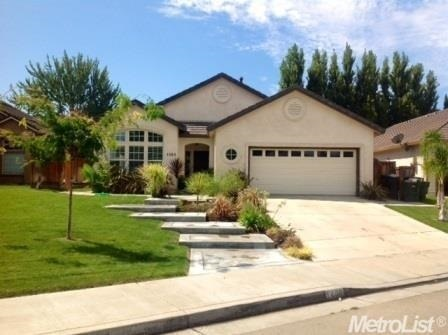 1460 Claremont Dr, Tracy, CA 95376