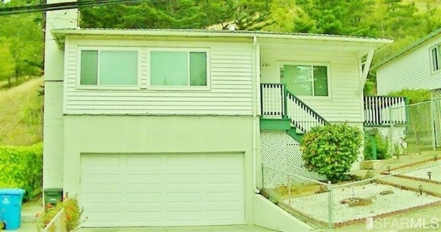 735 Moana Way, Pacifica, CA 94044