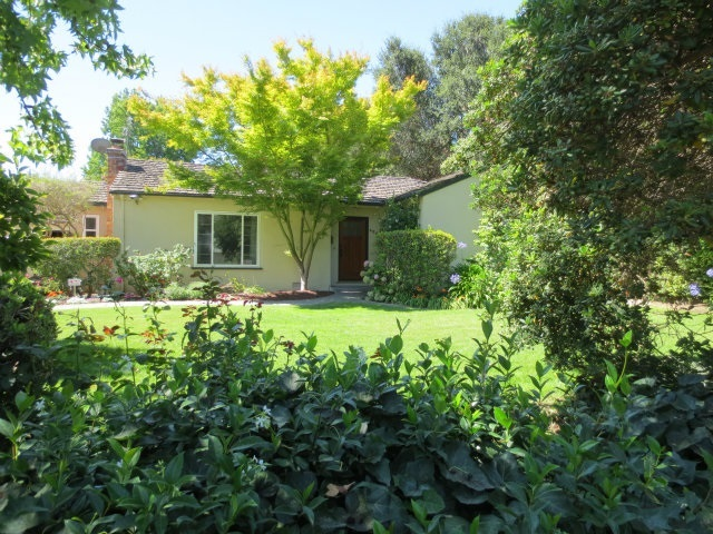 427 Oak Ct, Menlo Park, CA 94025