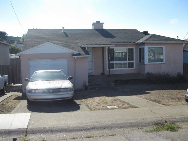 1532 Sweetwood Dr, Daly City, CA 94015