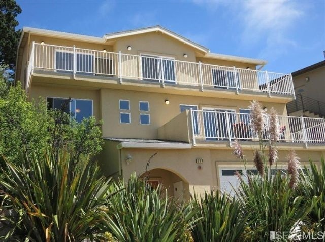 327 Farallon Ave, Pacifica, CA 94044