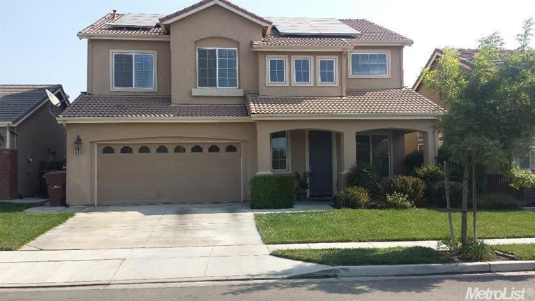 580 Millwood Dr, Patterson, CA 95363