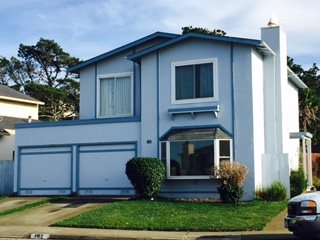 Photo of 102 Catalina Ave  Pacifica  CA
