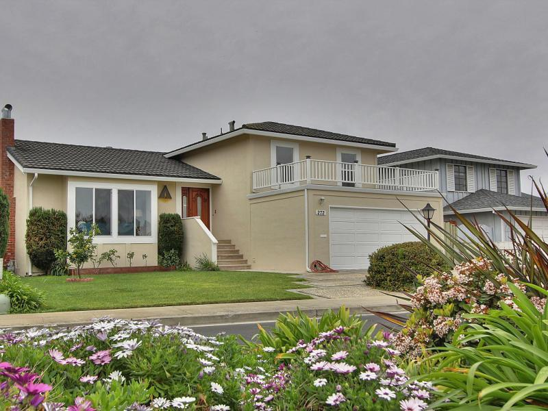 272 Puffin Ct, Foster City, CA 94404