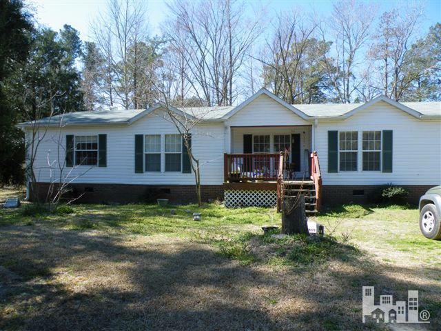 324 White Oak Dr, Burgaw, NC 28425