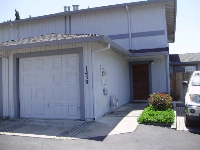 1459 Squire Ct, Hollister, CA 95023