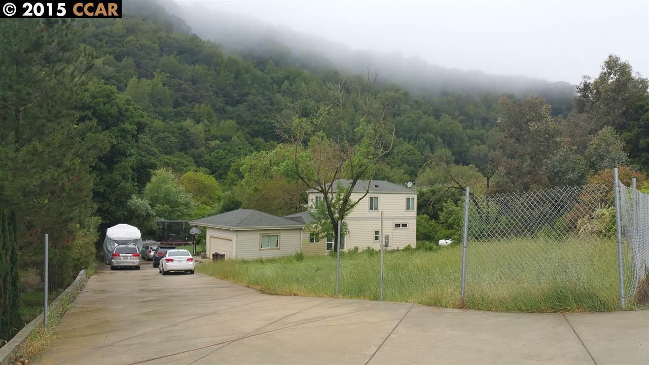Photo of 26473 Palomares Rd  Castro Valley  CA
