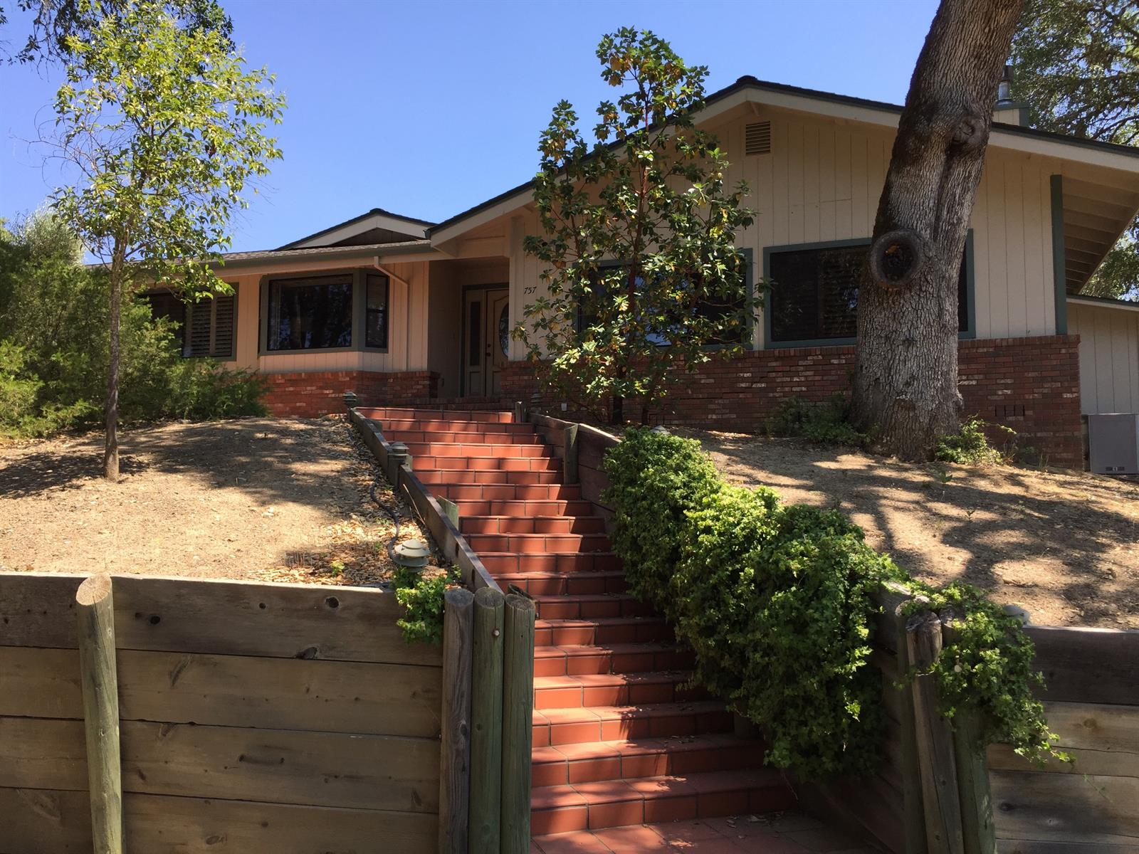29.9 acres Ukiah, CA