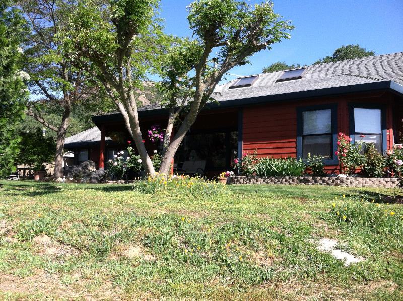 12.43 acres Hopland, CA