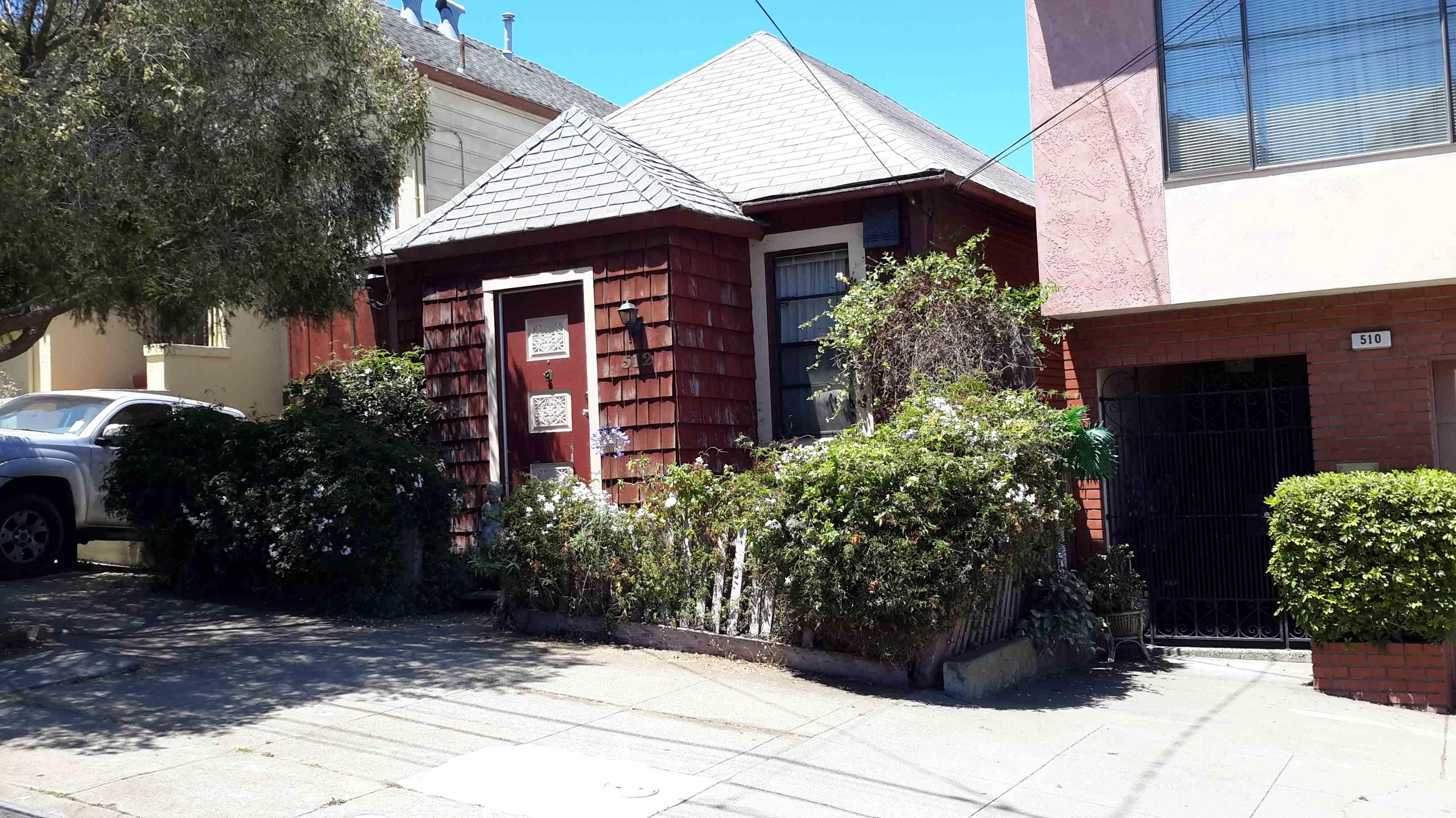 512 Lisbon St, San Francisco, CA 94112