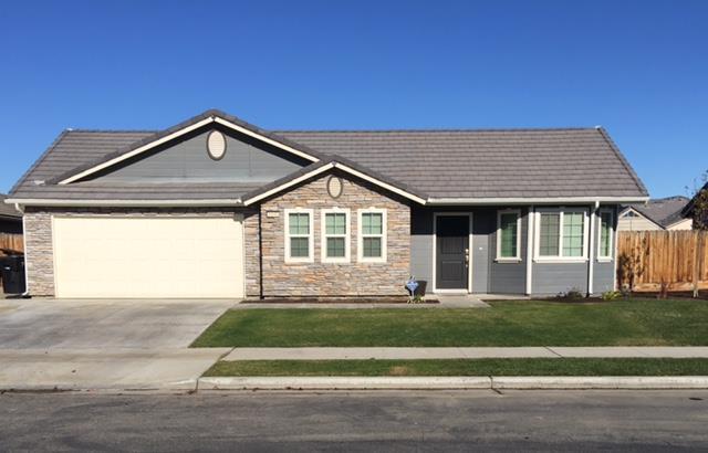 1448 Atlantic Ave, Lemoore, CA 93245