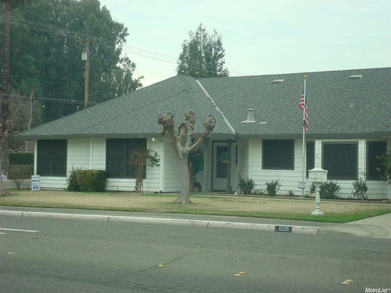 1225 E Tuolumne Rd, Turlock, CA 95382