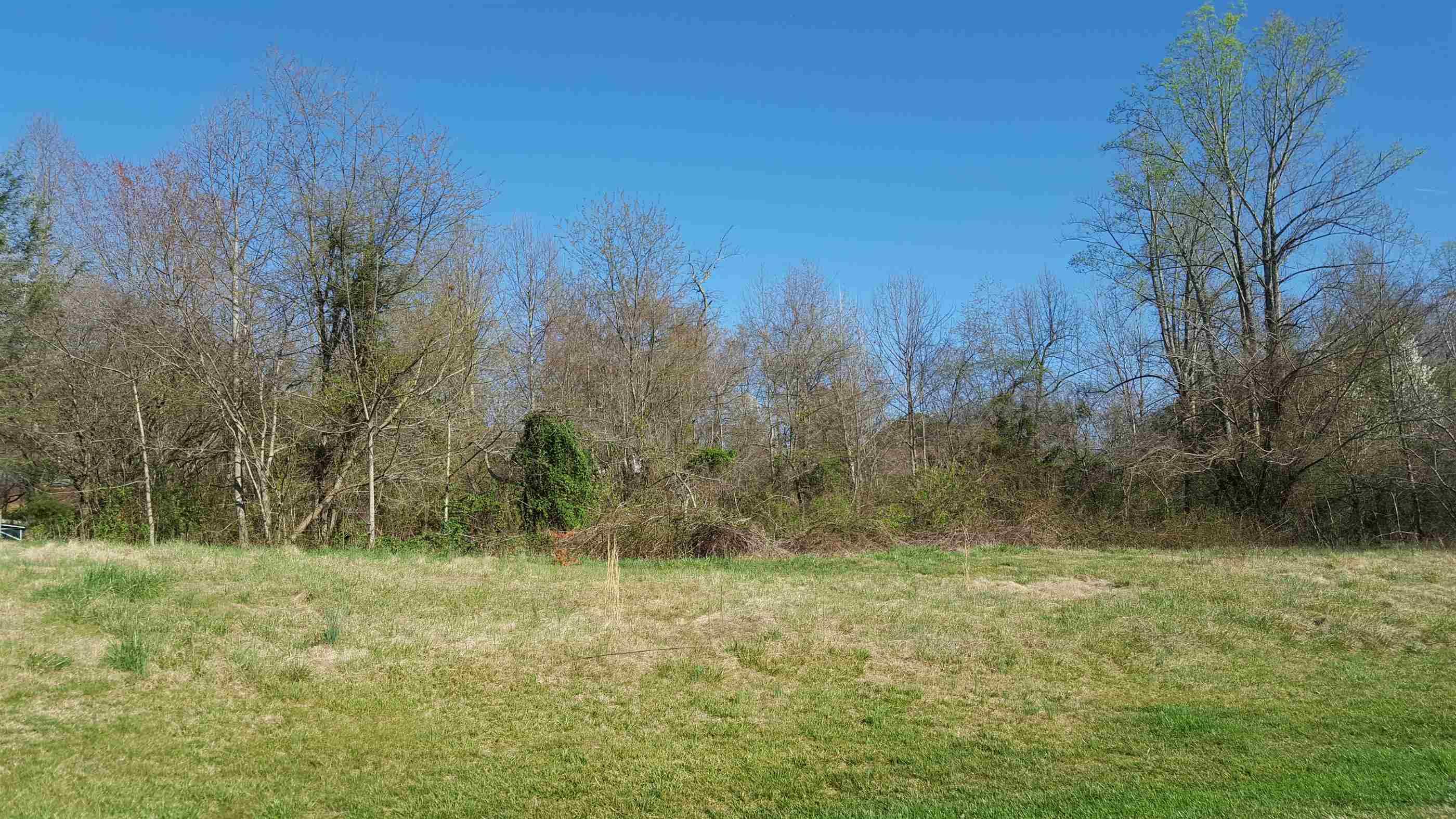 Photo of 11041106 Rambling Acres Cir  Lenoir  NC
