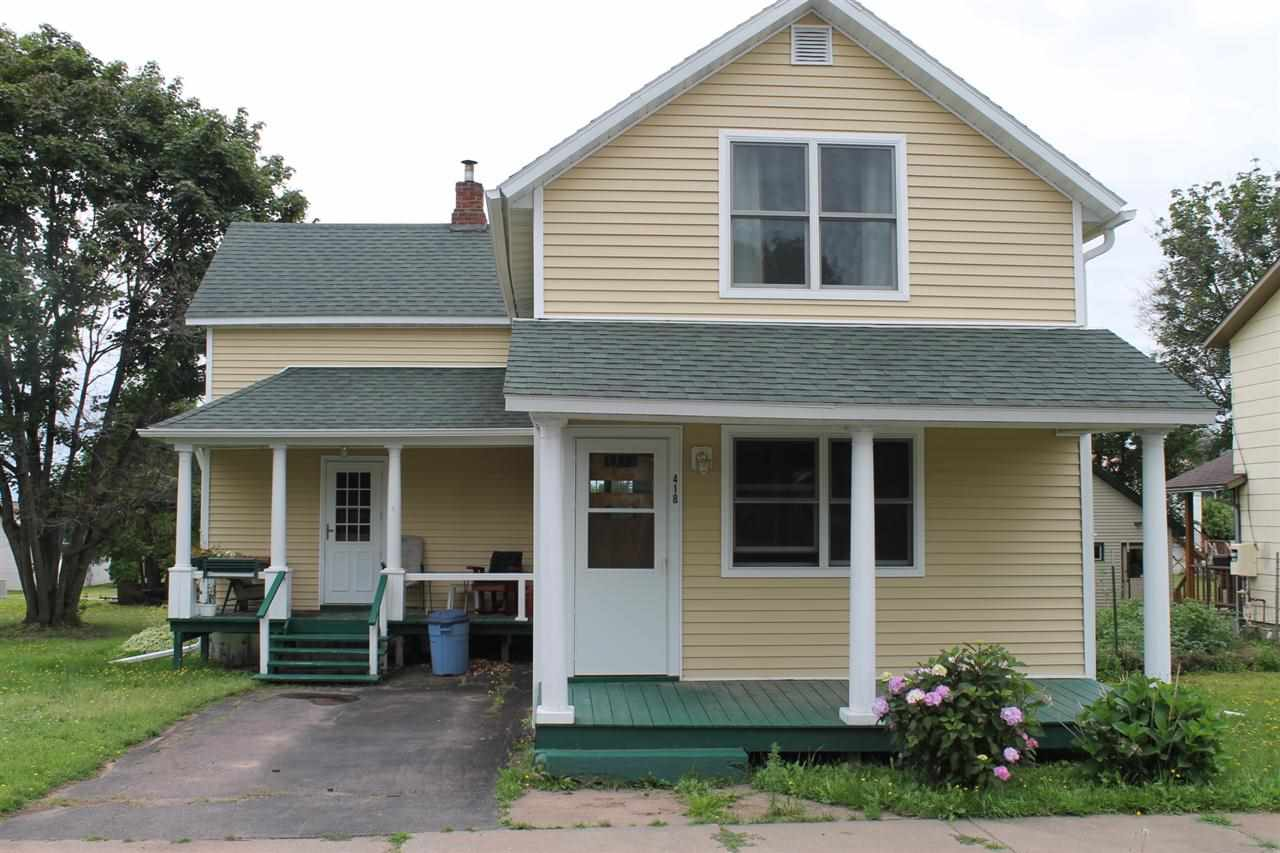 418 W Pine St, Washburn, WI 54891